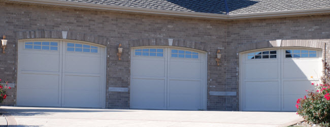 courtyard-garage-door-161m.jpg