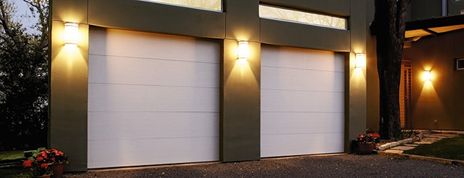 insulated-garage-door-thermacore-flush-panel-white.jpg